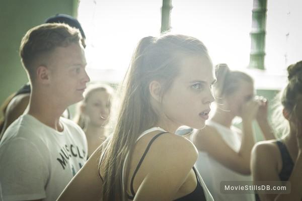 (M)uchenik - Publicity still of Aleksandra Revenko