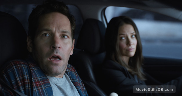 Ant-Man and the Wasp - Publicity still of Paul Rudd & Evangeline Lilly