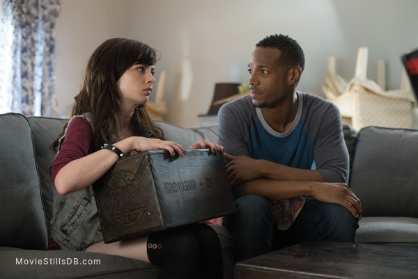 A Haunted House 2 - Publicity still of Marlon Wayans & Ashley Rickards