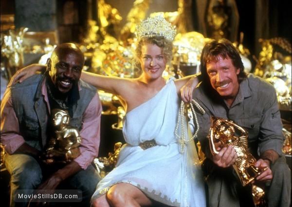 Firewalker - Promo shot of Louis Gossett, Jr., Melody Anderson & Chuck Norris