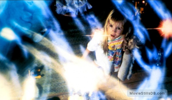 Poltergeist II: The Other Side - Publicity still of Heather O'Rourke