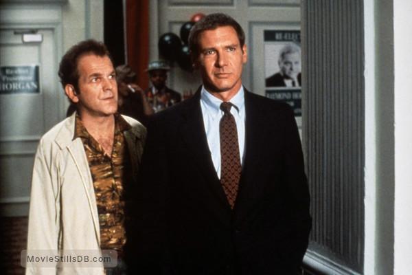 Presumed Innocent   Publicity Still Of Harrison Ford U0026 John Spencer  Movie Presumed Innocent