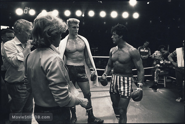 Rocky IV - Behind the scenes photo of Sylvester Stallone & Dolph Lundgren