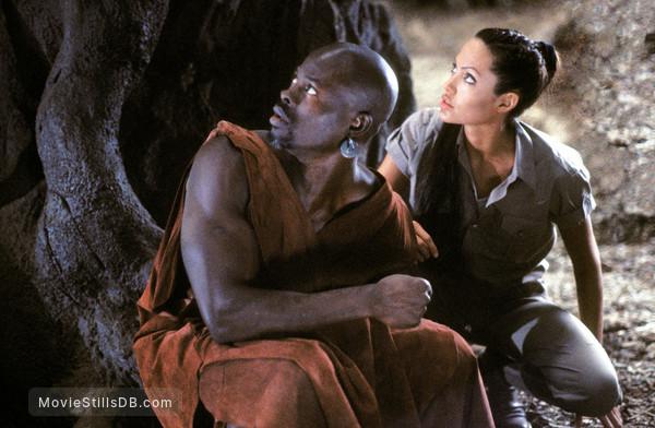 Lara Croft Tomb Raider: The Cradle of Life - Publicity still of Angelina Jolie & Djimon Hounsou