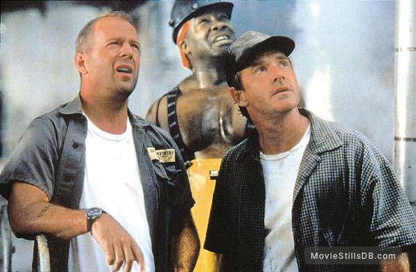 Armageddon - Publicity still of Bruce Willis, Michael Clarke Duncan & Will Patton