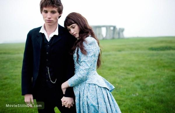Tess of the D'Urbervilles - Publicity still of Gemma Arterton & Eddie Redmayne