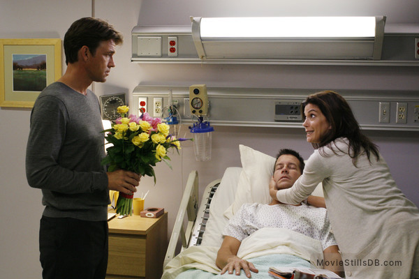 Desperate Housewives - Publicity still of Dougray Scott, James Denton & Teri Hatcher