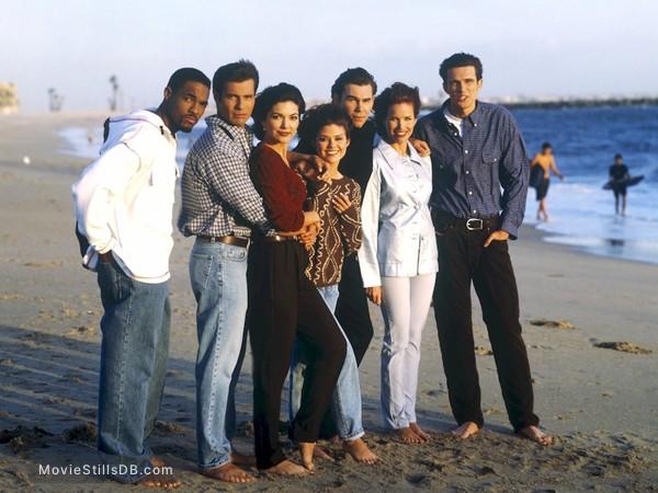 Sunset Beach - Promo shot of Sarah Buxton, Clive Robertson, Susan Ward, Laura Harring, Hank Cheyne & Jason George