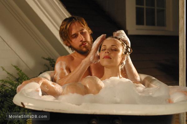The Notebook - Publicity still of Rachel McAdams & Ryan Gosling