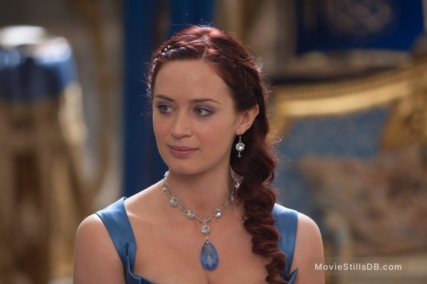 Gulliver's Travels - Publicity still of Emily Blunt