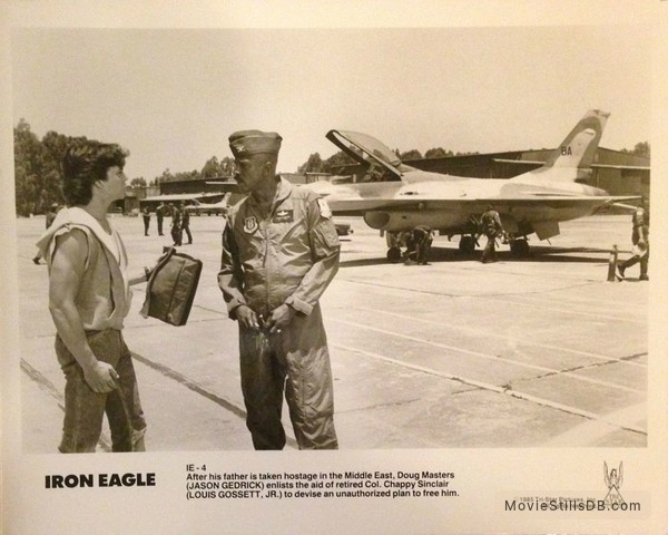 Iron Eagle - Publicity still of Jason Gedrick & Louis Gossett, Jr.