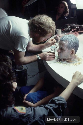 Alien - Behind the scenes photo of Ridley Scott, Ian Holm & Sigourney Weaver