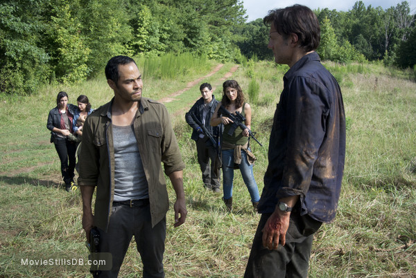 The Walking Dead - Publicity still of Jose Pablo Cantillo, Juliana Harkavy, Enver Gjokaj, Alanna Masterson, David Morrissey & Audrey Marie Anderson