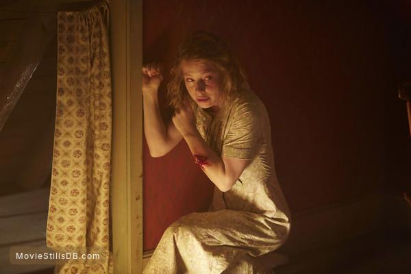 11.22.63 - Publicity still of Joanna Douglas