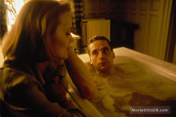 Damage - Publicity still of Jeremy Irons & Miranda Richardson