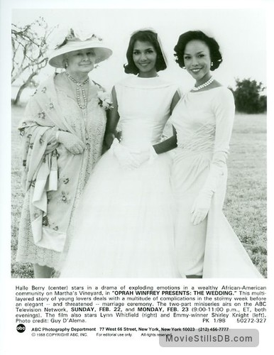 The Wedding Promo Shot Of Shirley Knight Halle Berry Lynn Whitfield