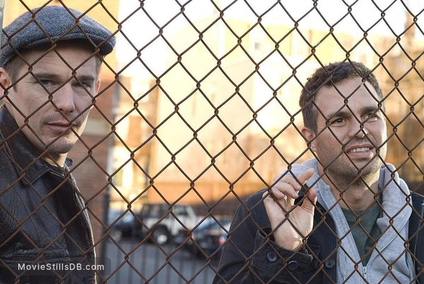 What Doesn't Kill You - Publicity still of Mark Ruffalo & Ethan Hawke