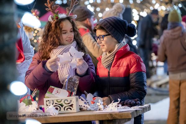Maggies Christmas Miracle.Karen Kingsbury S Maggie S Christmas Miracle Publicity