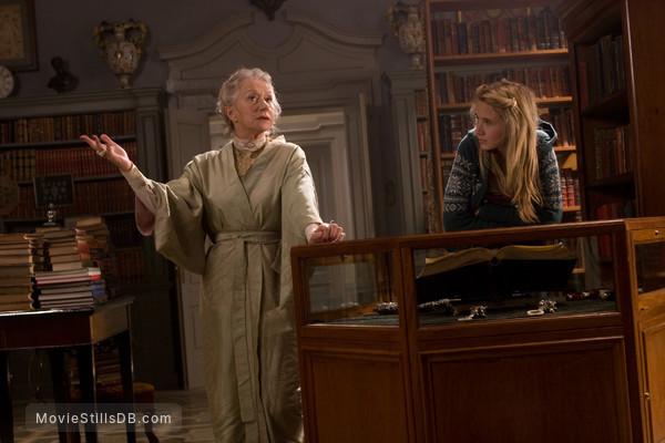 Inkheart - Publicity still of Helen Mirren & Eliza Bennett