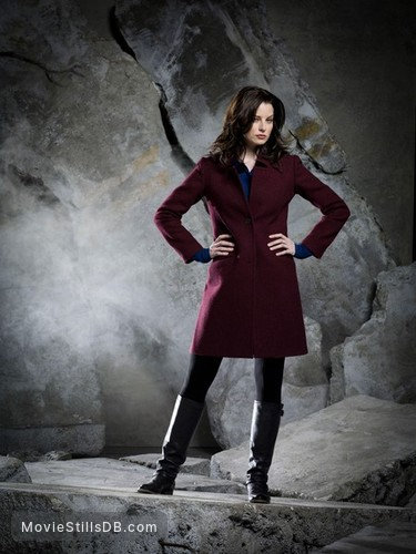 Continuum - Promo shot of Rachel Nichols