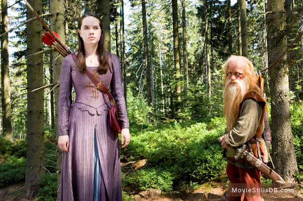 The Chronicles of Narnia: Prince Caspian - Publicity still of Anna Popplewell & Peter Dinklage