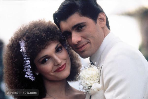 Scarface - Publicity still of Mary Elizabeth Mastrantonio & Steven Bauer