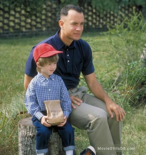 Forrest Gump - Publicity still of Haley Joel Osment & Tom Hanks