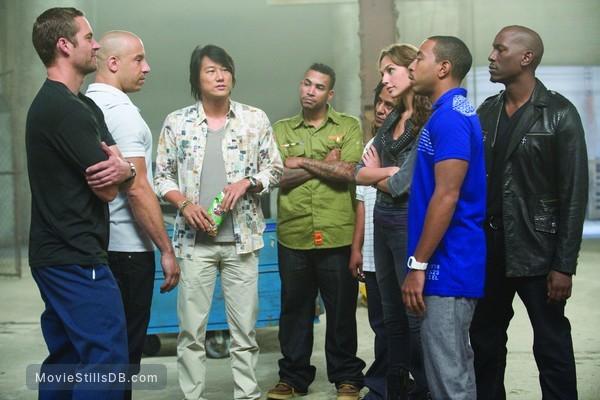 Fast Five - Publicity still of Vin Diesel, Sung Kang, Tyrese Gibson, Tego Calderón, Don Omar, Gal Gadot, Ludacris & Paul Walker