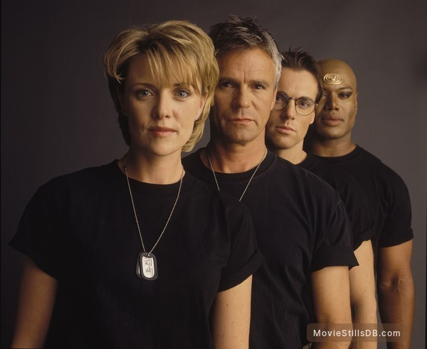 Stargate SG-1 - Promo shot of Christopher Judge, Michael Shanks, Amanda Tapping & Richard Dean Anderson