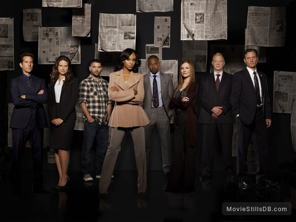 Scandal - Promo shot of Kerry Washington, Tony Goldwyn, Columbus Short, Henry Ian Cusick, Guillermo Díaz, Jeff Perry, Darby Stanchfield & Katie Lowes