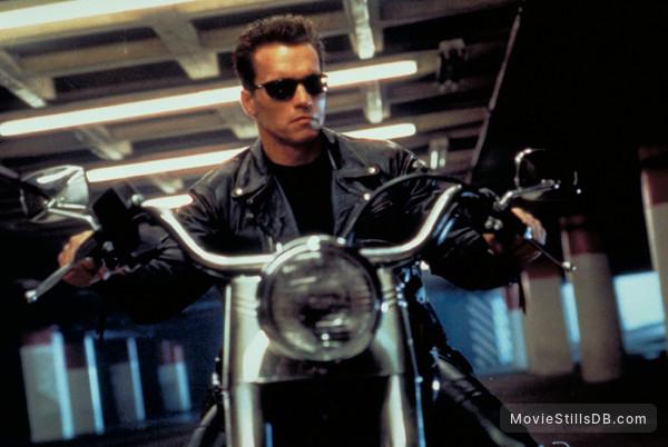 Terminator 2: Judgment Day - Publicity still of Arnold Schwarzenegger