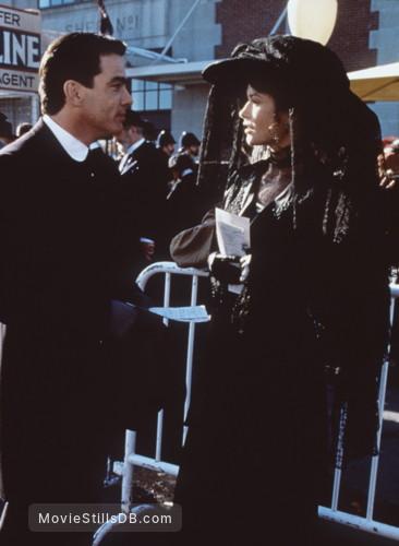 Titanic - Publicity still of Catherine Zeta-Jones & Peter Gallagher
