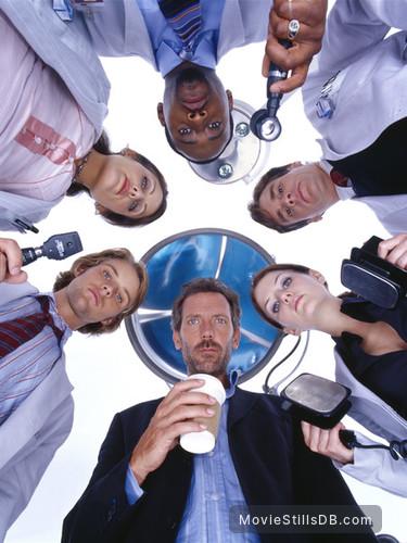 House M.D. - Promo shot of Hugh Laurie, Lisa Edelstein, Omar Epps, Robert Sean Leonard, Jennifer Morrison & Jesse Spencer