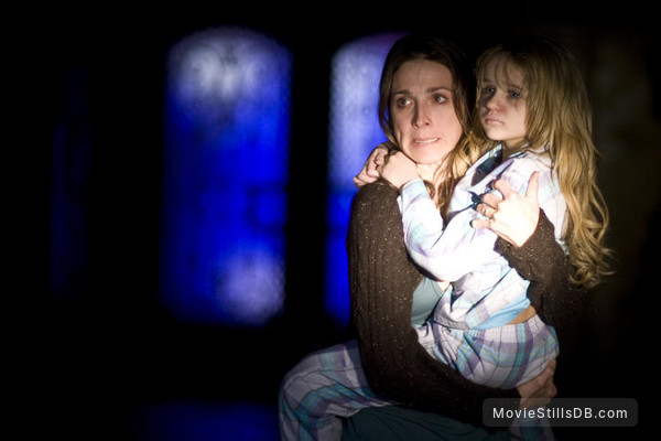 Quarantine - Publicity still of Marin Hinkle & Joey King