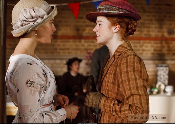 Downton Abbey - Publicity still of Jessica Brown Findlay & Rose Leslie