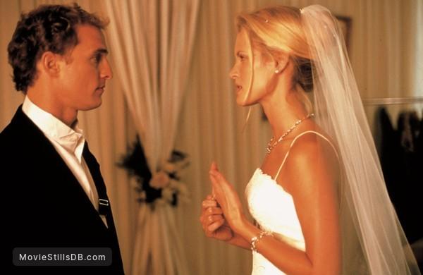 The Wedding Planner - Publicity still of Matthew McConaughey & Bridgette Wilson