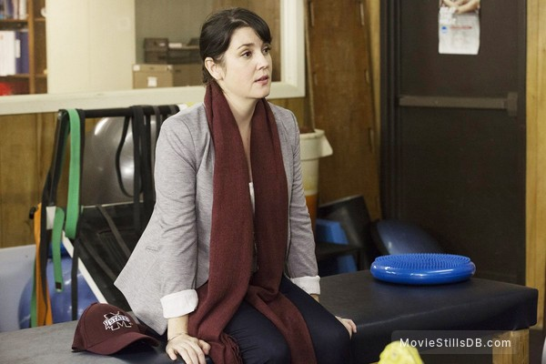 1 Mile to You - Publicity still of Melanie Lynskey