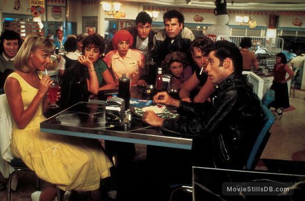 Grease - Publicity still of Olivia Newton-John, John Travolta, Stockard Channing, Jeff Conaway, Barry Pearl, Michael Tucci, Didi Conn & Dinah Manoff