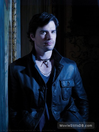 Gossip Girl - Promo shot of Matthew Settle