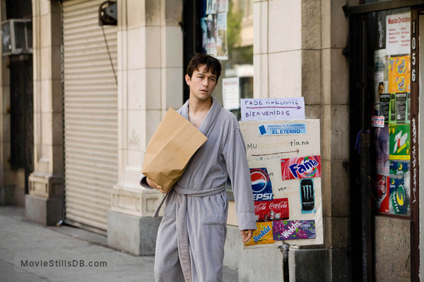 (500) Days of Summer - Publicity still of Joseph Gordon-Levitt
