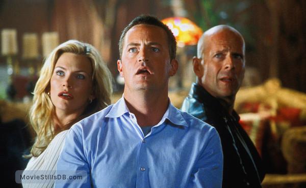 The Whole Ten Yards - Publicity still of Bruce Willis, Matthew Perry & Natasha Henstridge