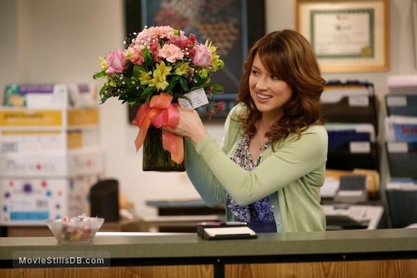 The Office Episode 9x18 Publicity Still Of Ellie Kemper