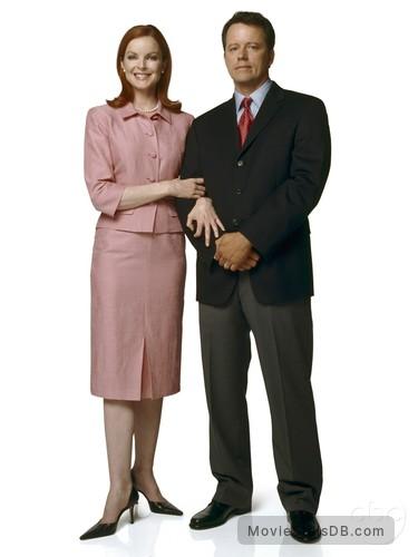 Desperate Housewives - Promo shot of Marcia Cross & Steven Culp