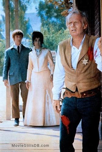 Death of a Gunfighter - Publicity still of Michael Mcgreevey, Lena Horne & Richard Widmark