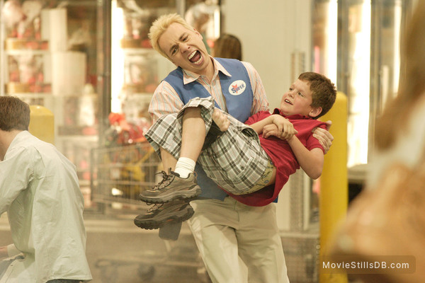 Employee Of The Month - Publicity still of Dax Shepard
