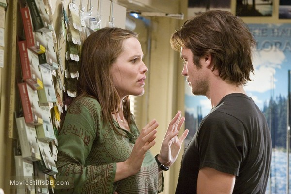Catch and Release - Publicity still of Jennifer Garner & Timothy Olyphant