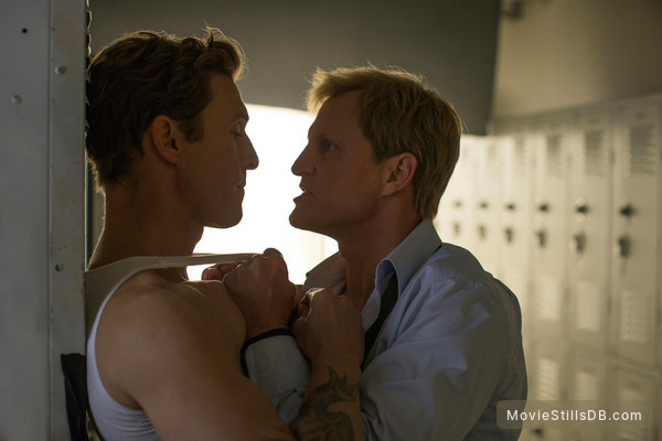 True Detective - Publicity still of Matthew McConaughey & Woody Harrelson