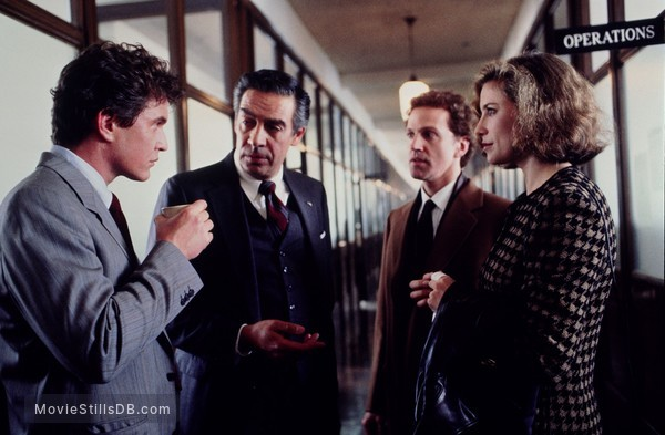 Someone to Watch Over Me - Publicity still of Tom Berenger, Jerry Orbach, Mimi Rogers & John Rubinstein