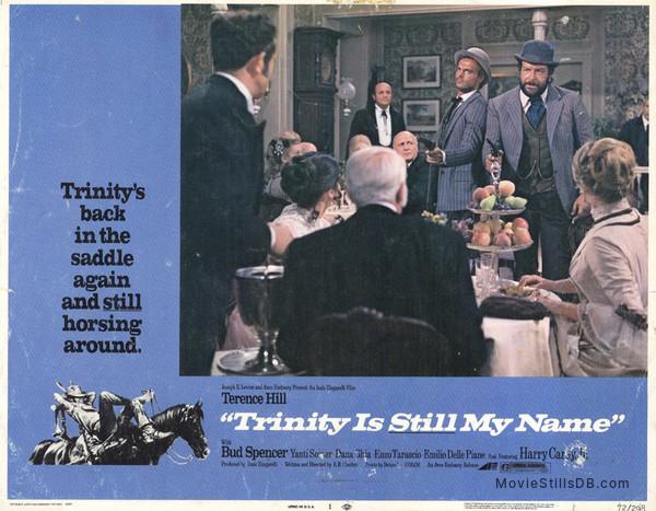 ...continuavano a chiamarlo Trinità - Lobby card