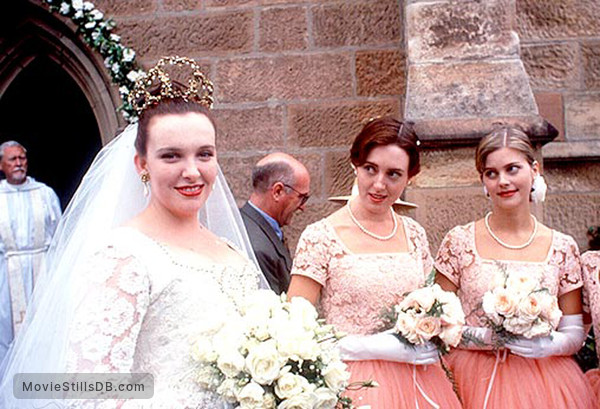 Muriel's Wedding - Behind the scenes photo of Sophie Lee, Roz Hammond & Toni Collette
